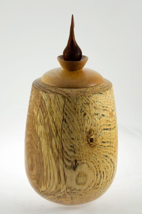 Urne funéraire en bois, #54 - Frêne Coti 7 x 14po.