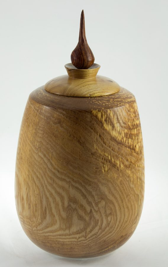Urne funéraire en bois - #57-Frêne Coti 7.5 x 14po.