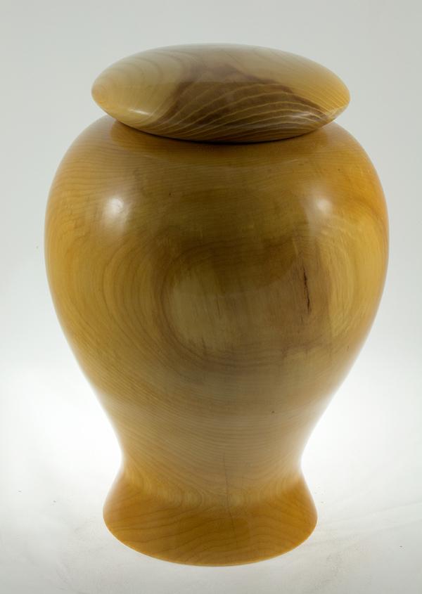 Urne funéraire en bois, #41-Bouleau 7.75 x 11.5po.