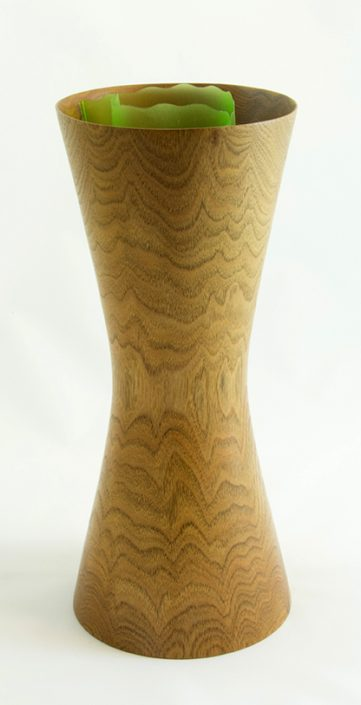 Vase pour fleurs coupées - Vases décoratifs en bois tourné. Noyer Cendré. #322