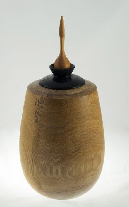Urne funéraire en bois - #76-Frêne 7.5 x 15.5po.
