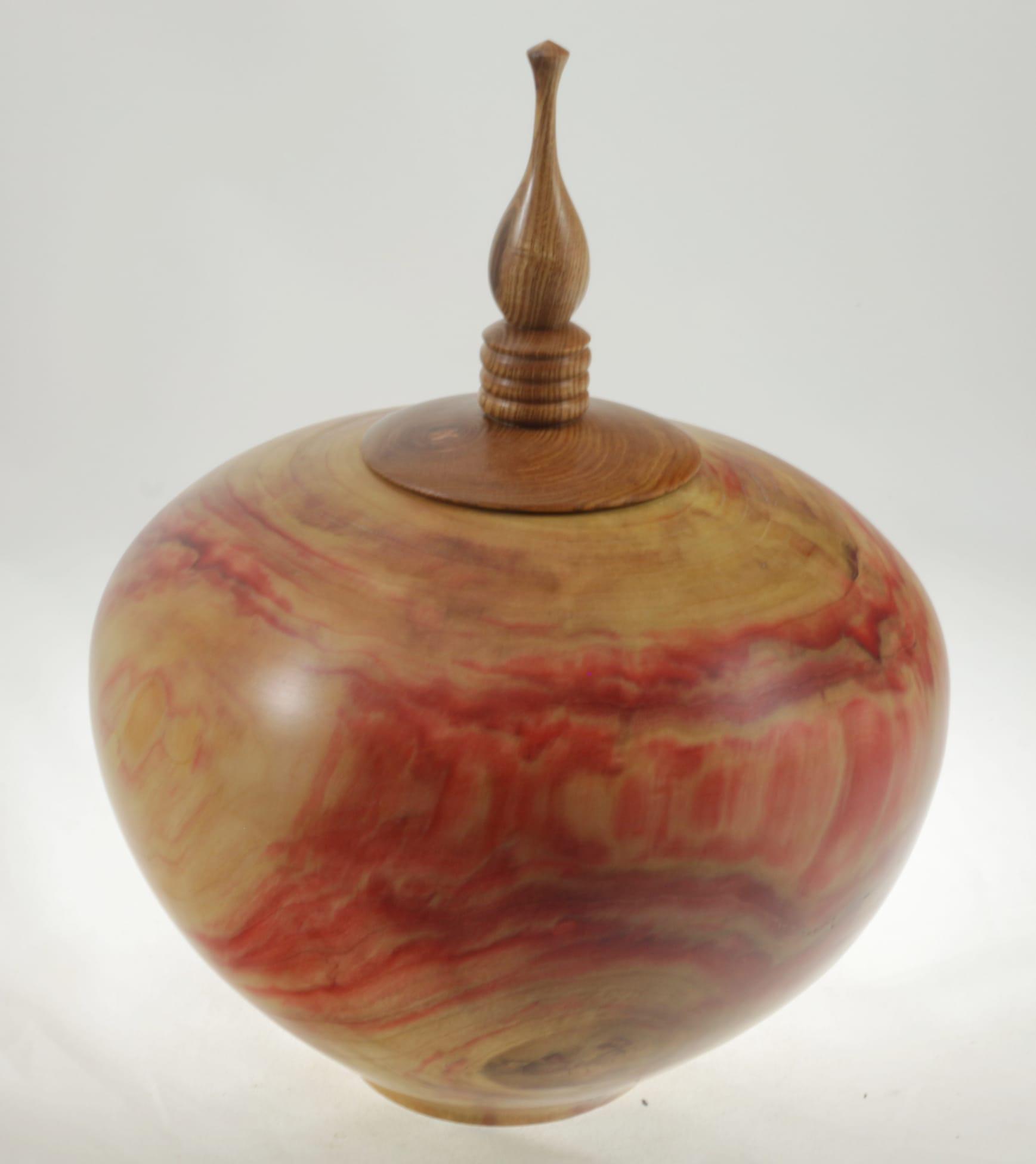 Urne funéraire en bois - #102-Erable à Giguère 9 x 7 po.-225po3