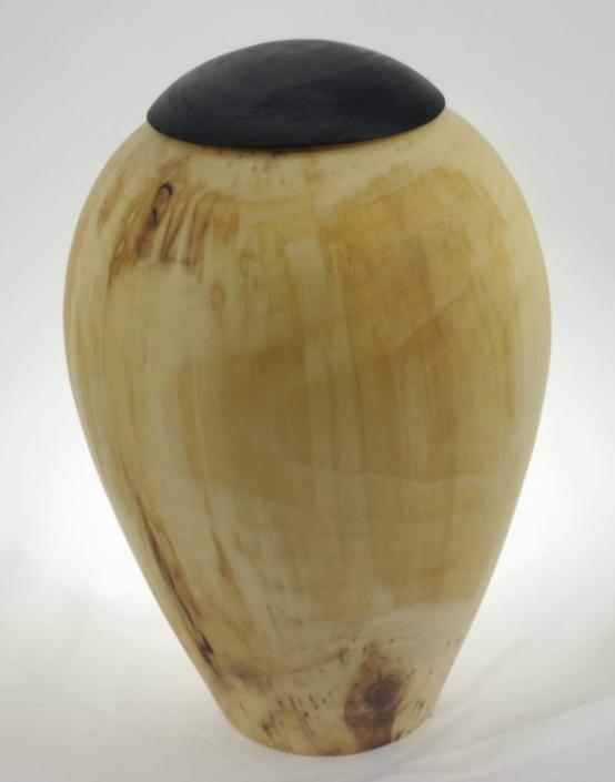 Urne funéraire en bois - #128-Tremble 7.5 x 10po.