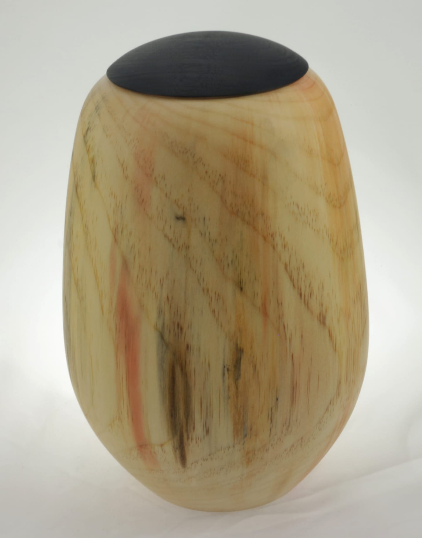 Urne funéraire en bois - #133-Pin 7.25 x 10po.